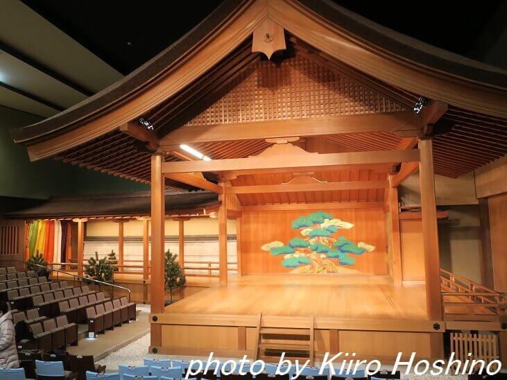 京都・能楽堂