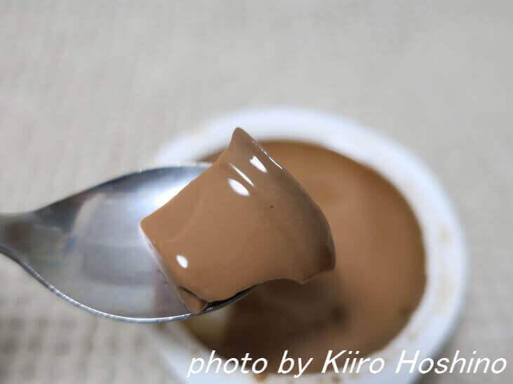 モロゾフ・チョコレートムース、中身