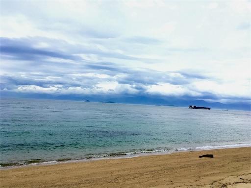 結乃屋みつばち近くの海