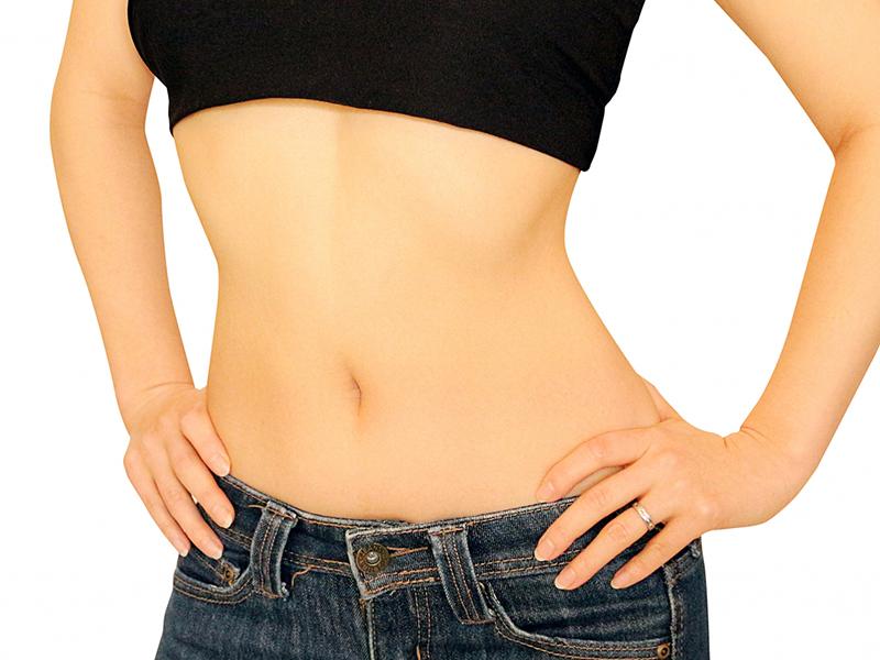 長命草(ボタンボウフウ)配合潤命青汁とヨーグルトでおいしい腸活生活しませんか?