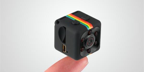 超小型スポーツタイプ ビデオカメラ