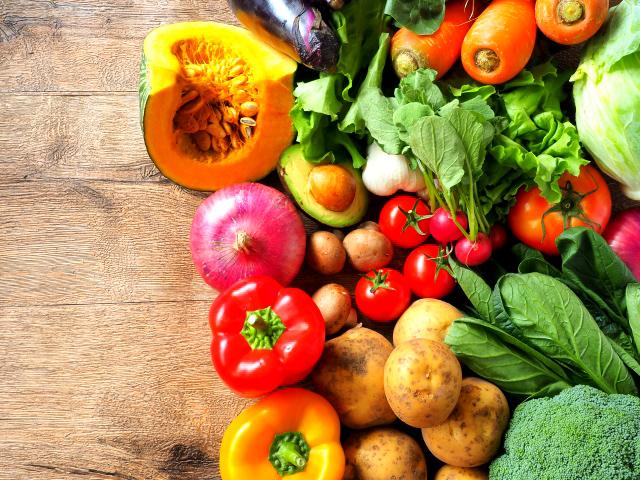 野菜や果物に多く含まれるファイトケミカルには細胞の老化を防ぐ「抗酸化作用」や「抗炎症作用」