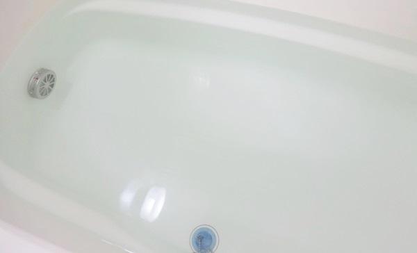 薬用入浴剤 オブクレイ muku お湯の色 ほぼ透明