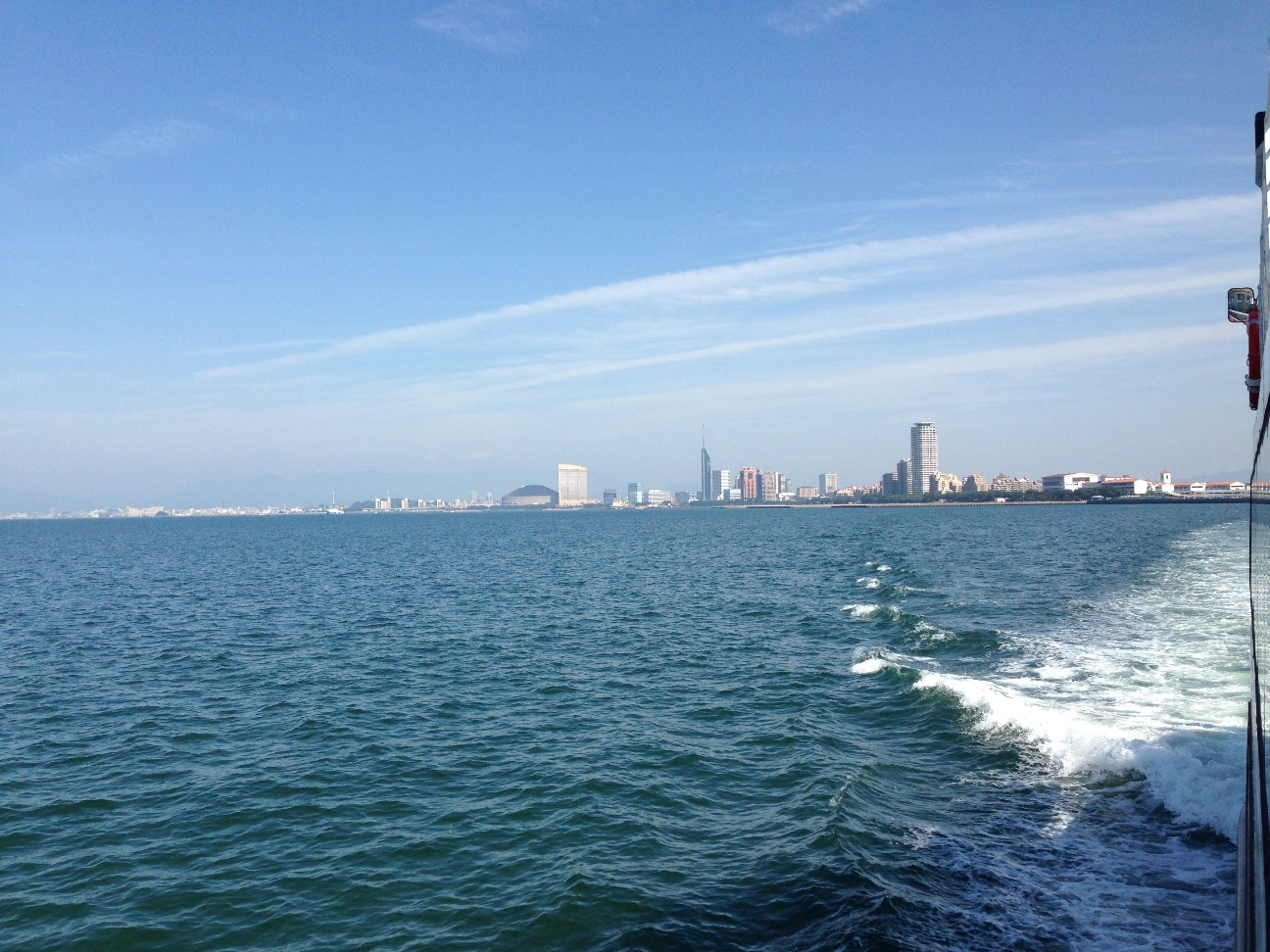 海から見る福岡市西部