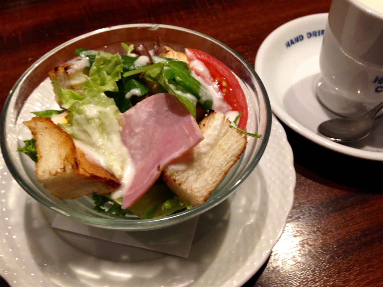 サラダモーニングとコーヒー