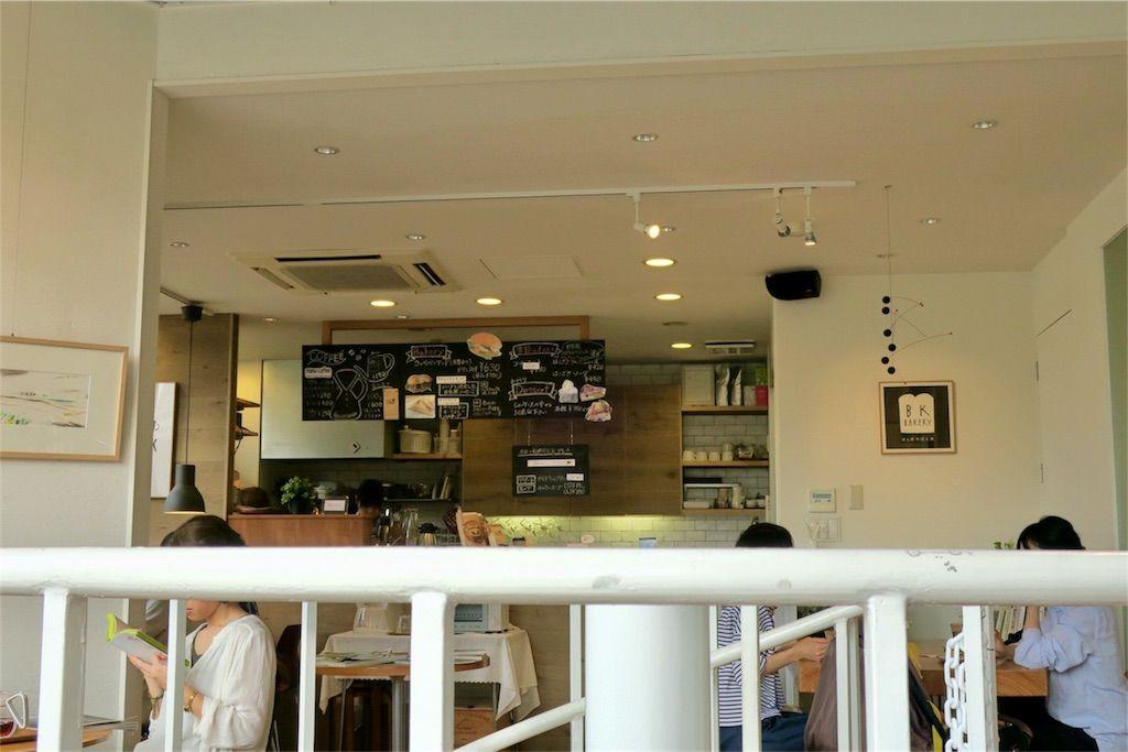 BOOKS KUBRICK(ブックスキューブリック)箱崎店 カフェ店内