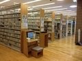 泉野図書館2