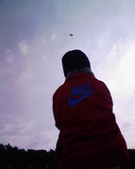 大浜で凧上げ