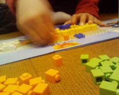 LEGOモザイク作り中