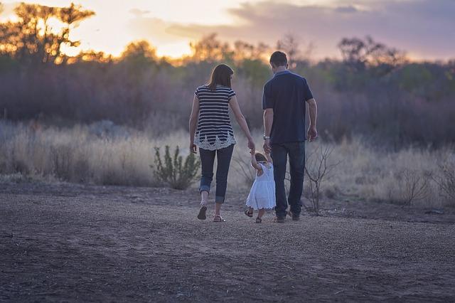 子供とパートナーの関係構築のためにできること