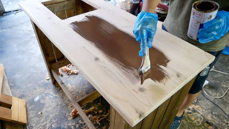 天板を塗装する