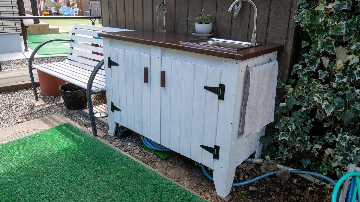 ガーデンシンクにタオル掛けを設置