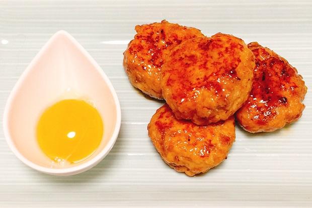 豆腐玉ねぎ鶏つくね盛り付け画像