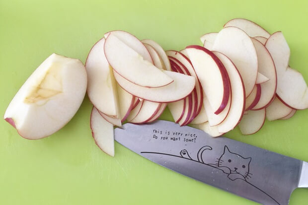"""フライパンりんごケーキのりんごの切り方"""""""