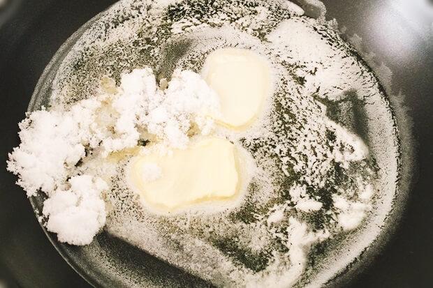 フライパンりんごケーキレシピの焼き方