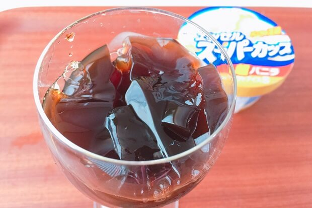 薔薇アイスクリーム珈琲ゼリーの作り方