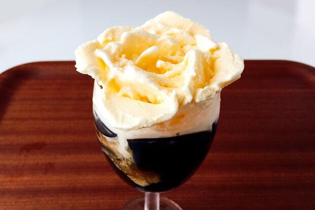 バラアイスクリームの作り方完成
