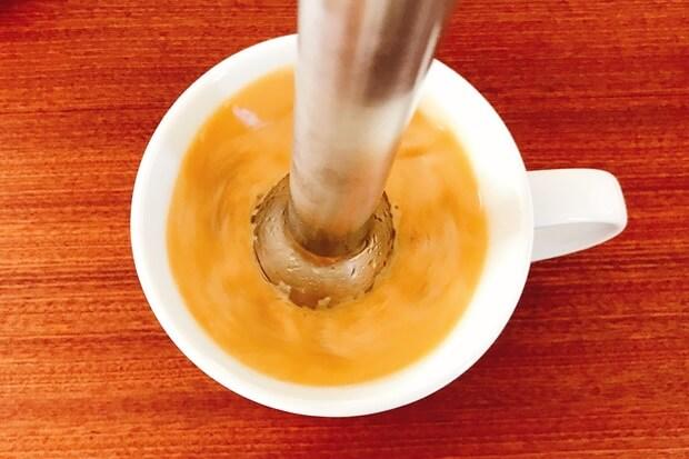 完全無欠コーヒーーバターコーヒーのブレンダー混ぜ方