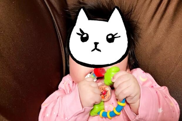 ベビラボアンパンマンNEWはじめてのはがためラトルと赤ちゃんの画像