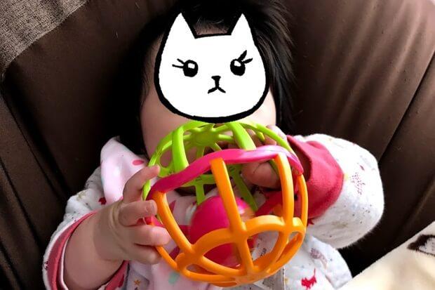 アンパンマンしゃかしゃかボールと赤ちゃんの画像