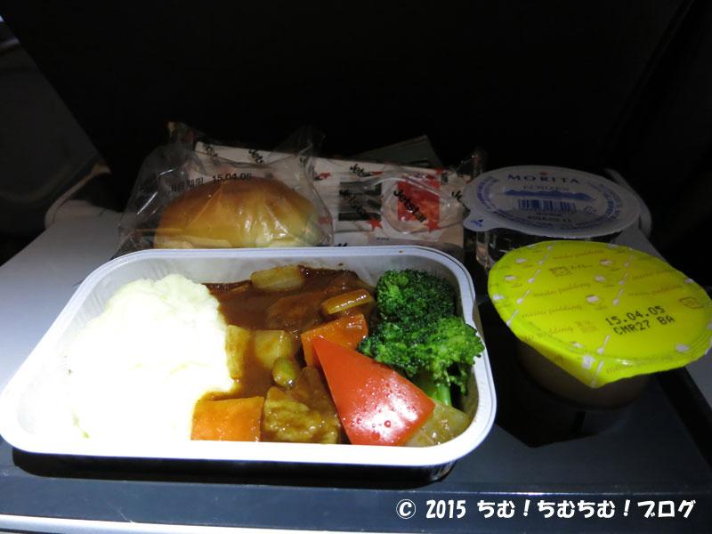 Jetstarの機内食ビーフシチュー