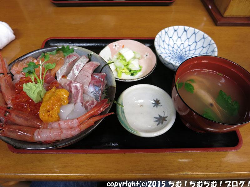 海鮮丼の全体