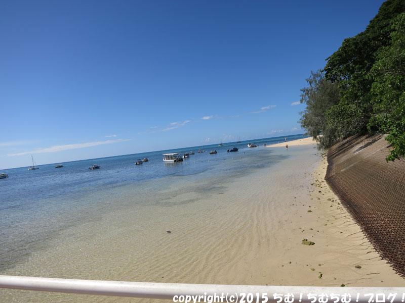 桟橋付近の海水浴場