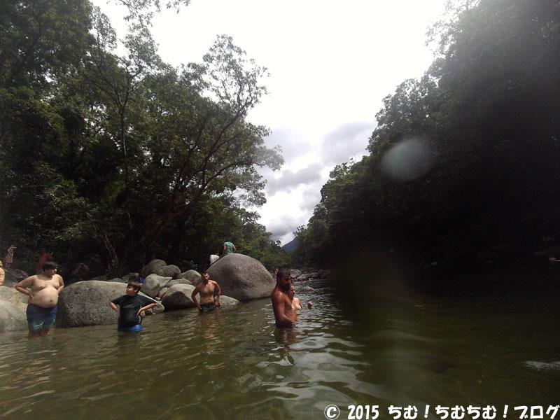 モスマン渓谷の川の様子