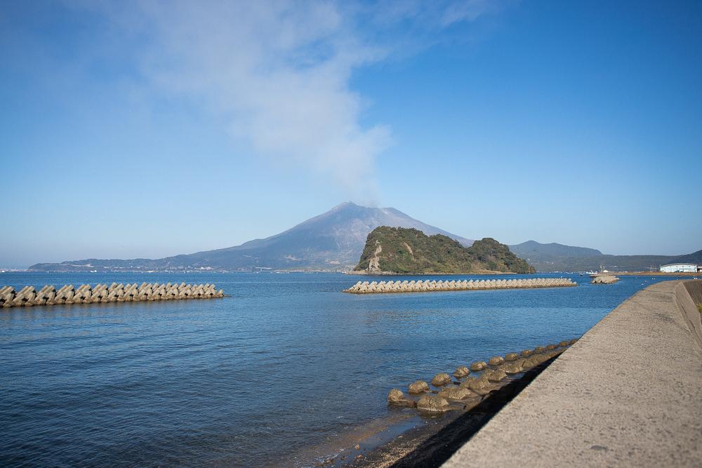 江之島温泉から望む桜島