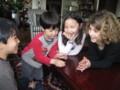 みらいちゃんの親友Laureにコイン手品を披露