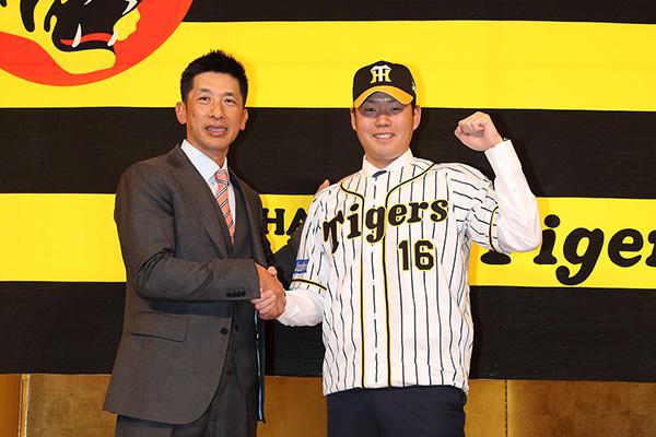 矢野監督と西投手