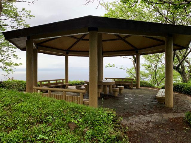経ヶ岬展望台の休憩所