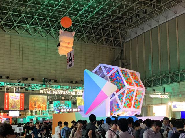 東京ゲームショウ 巨大なガラガラ