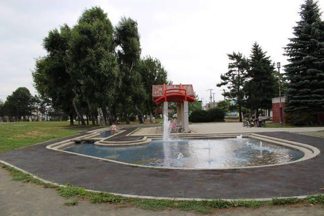 厚別西公園の水遊び場