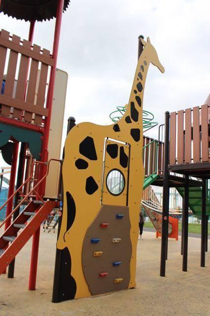 円山公園 キリンの遊具