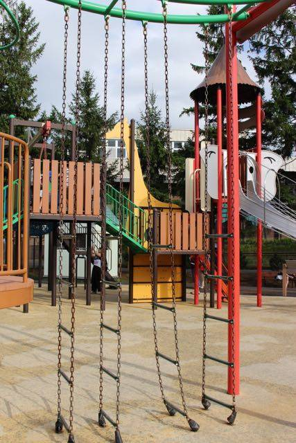 円山動物園 渡る遊具