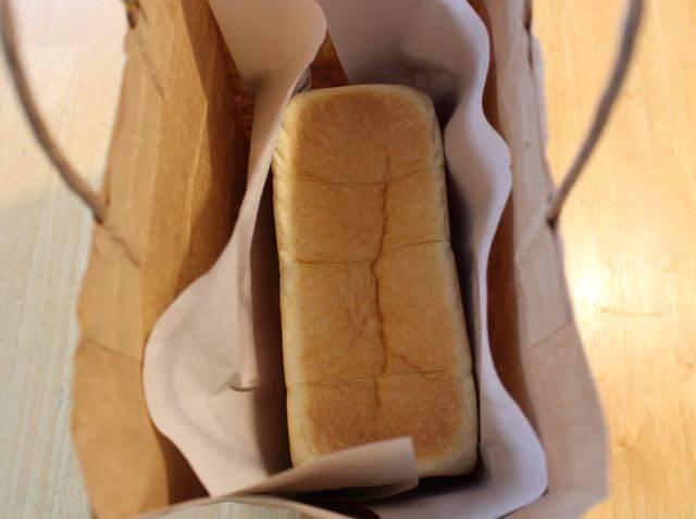 ふわもち食パン 紙袋