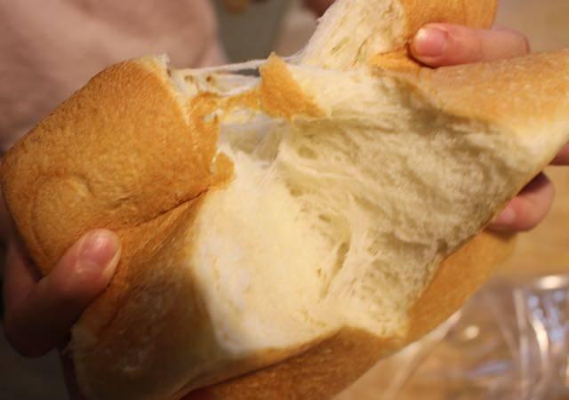 食パン ちぎる