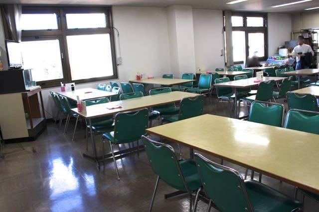 南区役所 食堂内部