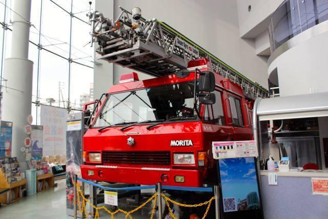 札幌市民防災センター はしご車