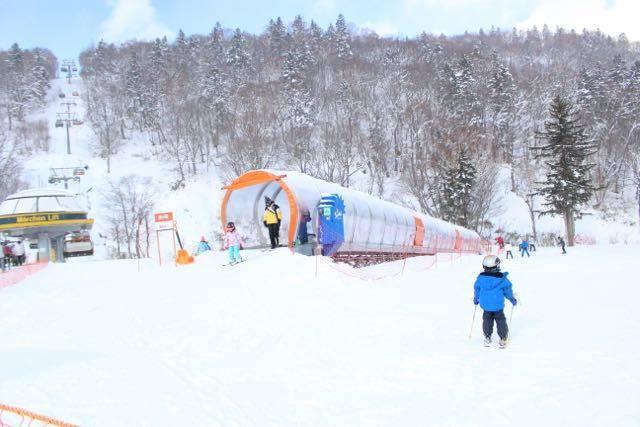 札幌国際スキー場 スノーエスカレーター