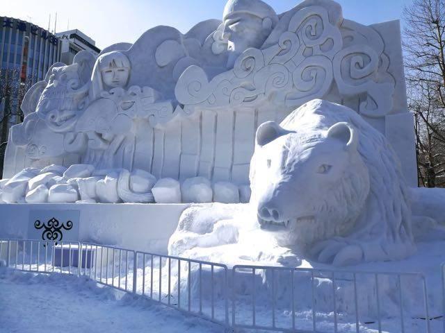 さっぽろ雪まつり アイヌ雪像