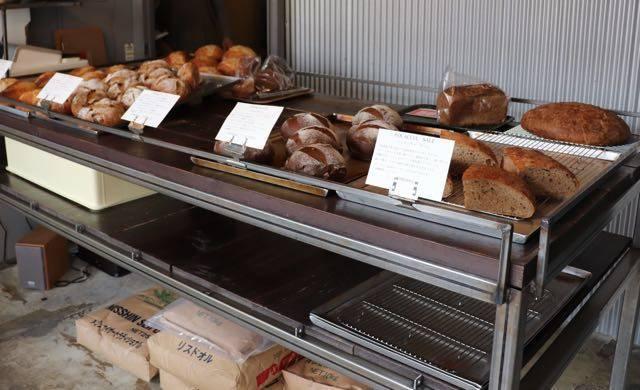 ポーズパン 店内パン