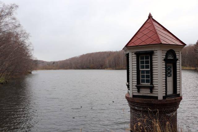西岡公園 水源地