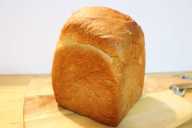 ブルクベーカリー 食パン夢