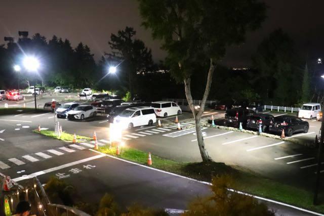 藻岩山中腹駅 駐車場