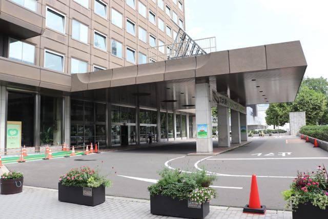 札幌市役所 玄関