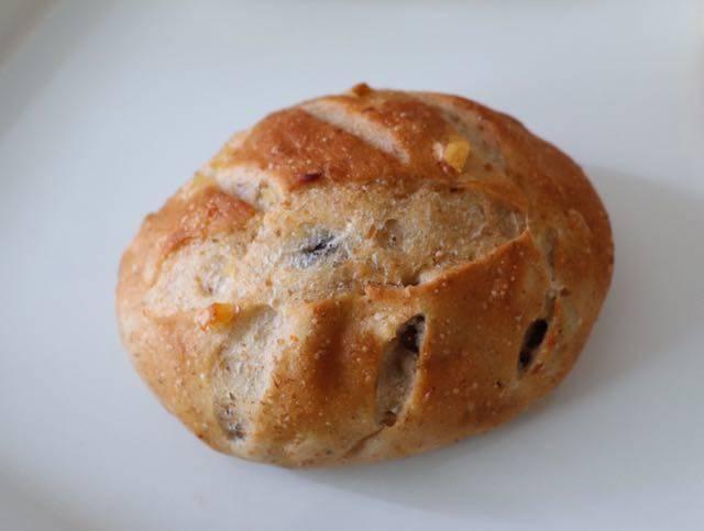 シロクマベーカリー フルーツプチパン