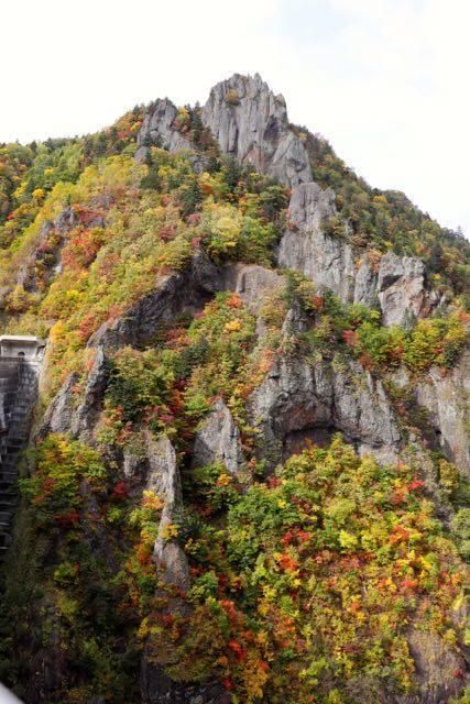 豊平峡ダム 千丈岩