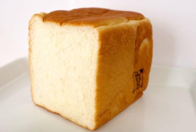 角食ラボ たから食パン